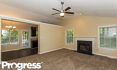 Living Room, 153 Country Mill Ln, 1