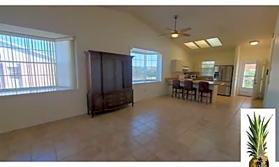 Living Room, 177 Boundary Blvd, 2