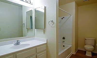 Bathroom, Willow Glen Apartments, 2