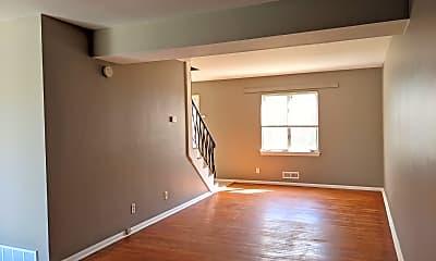 Living Room, 4403 Eastridge Dr, 1