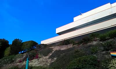 Harbor View Apartments, 2