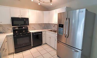 Kitchen, 3107 Carlsbad St, 1