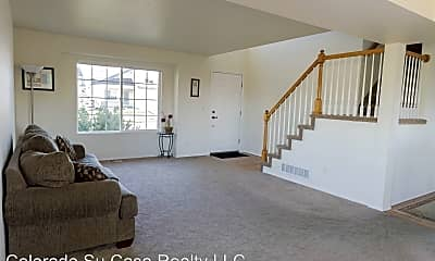 Living Room, 530 Oxbow Dr, 1