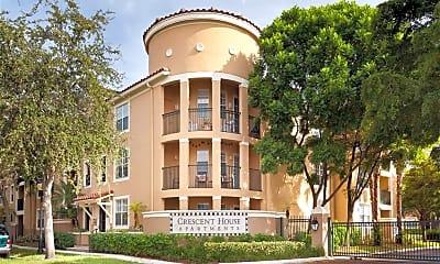 Crescent House Apartments, 0