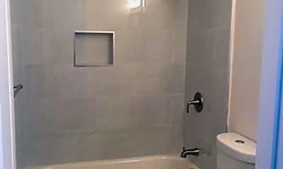 Bathroom, 2851 E Theresa St, 2