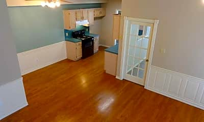 Everhart Executive Townhomes, 2