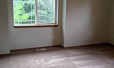 Living Room, 13900 Meadow Rd, 2