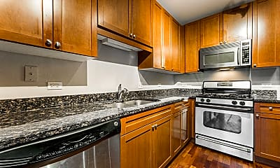 Kitchen, 1650 Riverwoods Dr, 1