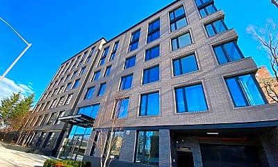 Building, 3128 Henry Hudson Pkwy 601, 1