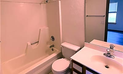 Bathroom, 2219 W Roselawn St, 2