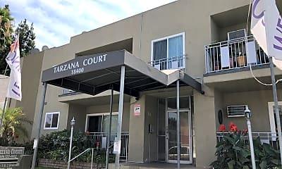 Tarzana Court, 1
