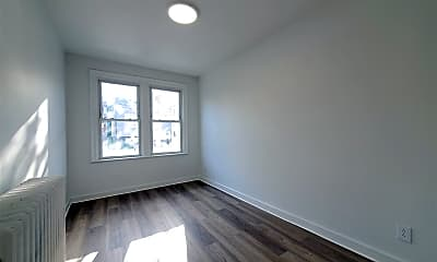 Bedroom, 94 Woodlawn Ave, 2