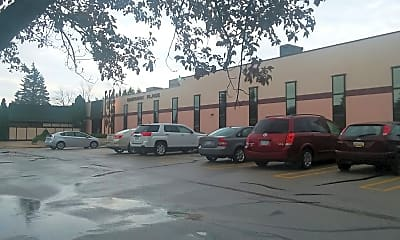 Hedgewood Place Apartments-Closed, 2