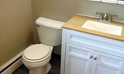 Bathroom, 633 Lime Kiln Rd, 2