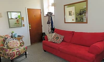 Living Room, 701 S 16th St, 1