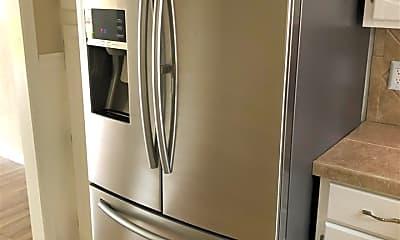 Kitchen, 315 Lakebend Dr, 1