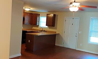 Living Room, 1306 Swann Dr, 1