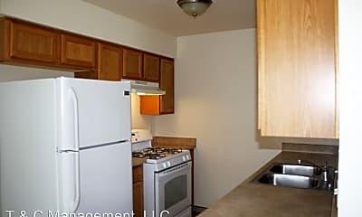 Kitchen, 7901 Trumbull Ave SE, 0