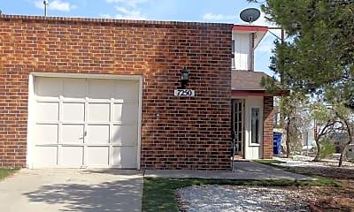 Building, 7250 Shire Way, 0