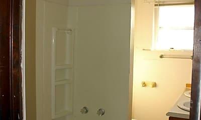 Bathroom, 507 W Riverside Ave, 1