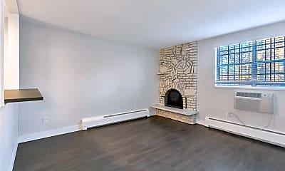 Living Room, 10 S Pennsylvania St, 1