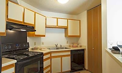Kitchen, Oakleaf Townhomes, 0