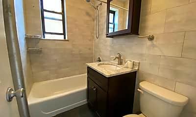 Bathroom, 37-06 69th St, 2