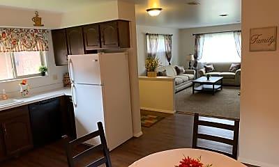 Dining Room, 1005 Parkwood Dr, 1