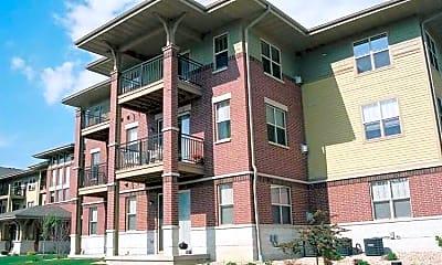 Building, Aurora Pointe Apartments, 1