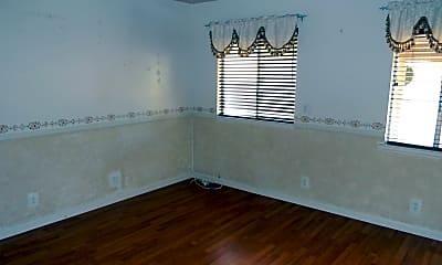 Kitchen, 359 N Waverly St, 2