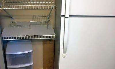 Kitchen, 5319 Pooks Hill Rd, 2