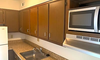 Kitchen, 521 S 9th St, 1