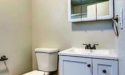 Bathroom, 107 King Rd, 2
