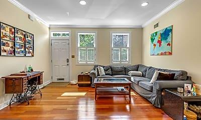 Living Room, 768 N 22nd St, 1