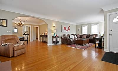 Living Room, 1226 W 21st St, 1