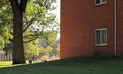 Building, 240 W Fuller Ave, 1
