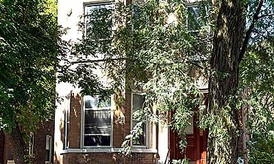 952 N. Hoyne_building.jpg, 952 North Hoyne, 2