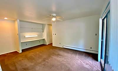 Living Room, 514 Emmet St, 1