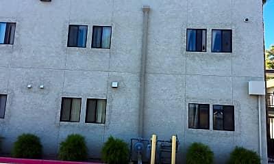 Collins Court Apartments, 2
