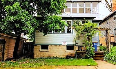 Building, 318 Cherry St SE, 2