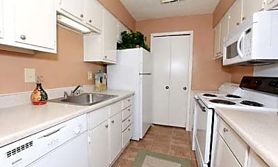 Kitchen, 800 Link Dr, 1