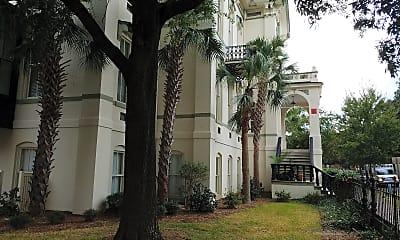 Telfair Arms Apartments, 2
