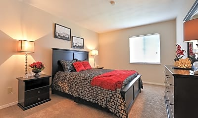 Bedroom, Deerfield Apartments, 1