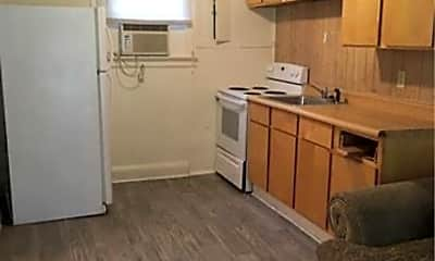 Kitchen, 204 Tunstall Ave, 2