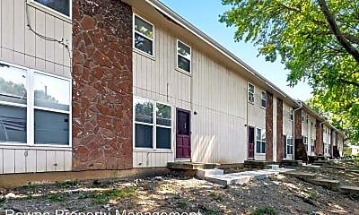 Building, 2410 N 38th St, 1