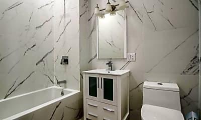 Bathroom, 127 Moffat St, 2