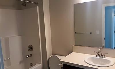 Bathroom, 670 E Erica St, 1