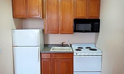 Kitchen, 118 Main St E, 1