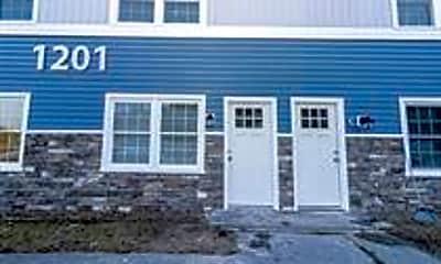 Building, 1201 E Grand Ave, 0