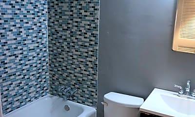 Bathroom, 699 Argonne Ave NE, 2